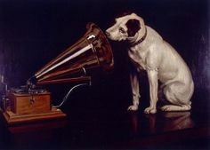 Nipper Looking at and Listening to a Phonograph, His Masters Voice, The Original RCA Music Puppy Dog Logo Symbol for Advertising Jack Russell Terriers, Fox Terriers, Jack Russells, Photo Oeil, His Masters Voice, Musee Carnavalet, Dog Logo, Mundo Animal, Cultura Pop
