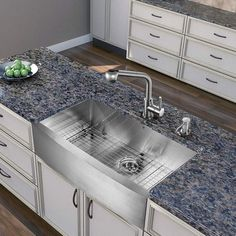 """Vigo VG02019 Kitchen Faucet Single Handle with Pull-Out Spray 13"""" Height Stainless Steel Faucet Kitchen Single Handle"""