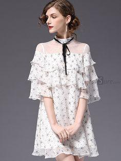 Simple Dresses, Beautiful Dresses, Short Dresses, Blouse Back Neck Designs, Western Dresses, Maternity Dresses, Women's Fashion Dresses, Chic Outfits, Dress To Impress