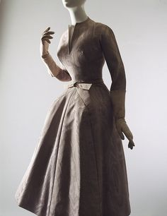1952–53 - Christian Dior 'La Cigale' dress