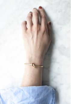"minimalist gold knot cuff- bridesmaid gift ideas? ""tie the knot"""