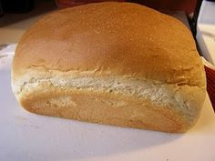 Bread maker bread recipe. Used whole wheat flour and honey instead and turned out perfect! Sliced nicely and tasted very good. Pan, panificadoras, máquinas