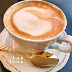 taza de capuchino casero Cocktails, Drinks, Latte, Pudding, Homemade, Chocolate, Coffee, Tableware, Desserts