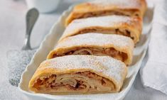 Strudel, Baking, Ethnic Recipes, Basket, Bread Making, Patisserie, Backen, Sweets, Roast