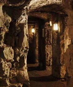 Walk through the dark, gloomy chambers of the underground vaults on this #Edinburgh ghostly walk.  Hear tales of those who once occupied the vaults and perhaps still do. A long history of murder, torture, hangings and plague has left a haunting legacy on the city of Edinburgh.