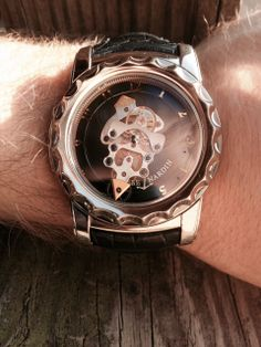The first of two #Tourbillons we've just got in: a Series 1 18K White Gold Freak Flying Chronograph. A work of art. #love #luxury #art #rarewatch #dailywatch #beautiful #watchshop #horophile #chrono #watchoftheday #luxurylifestyle #watchfreak #watchshop #wristswag #wristi #horology #watchenthusiast #wristporn #timepiece #watchoftheday #newwatch #watchpic #wristshot #Christmas #Hanukkah #gift #horology #watchenthusiast #wristporn #timepiece #watchoftheday #newwatch #watchpic #wristshot…