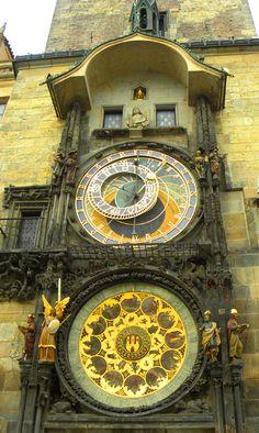 # 2. Look up at the Astronomical clock http://bbqboy.net/50-things-prague/ #prague #czechrepublic