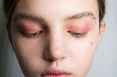 All Eyes On Pink: How Pink Eyeshadow Became AW17's Beauty Comeback Kid