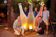 Le gigantografie delle #bottiglie, che verranno promosse nel #tour: #Millesimo, #Moscato dolce, #Rosato, racchiusi in #bottiglie dall'abito #glamour, una linea di produzione dedicata ai giovani, sia nel contenuto che nel #packaging, creato dallo #Studio #Francescon & #Collodi.