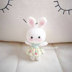 Crochet Dolls, Crochet Baby, Handmade Crafts, Diy And Crafts, Cute Little Things, Hello Kitty, Snoopy, Elsa, Needlework