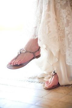 3f6c0a8212efad laid back bridal style .do not want to wear heels on my wedding day