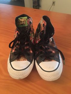 527f55552655d3 Converse Chuck Taylor Looney Tunes Marvin The Martian Women s Size 6 Mens 4