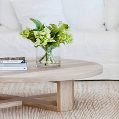 Circular Coffee Table, Low Coffee Table, Coffee Table Design, Home Design Decor, Diy Home Decor, Room Decor, Timber Dining Table, Decorating Coffee Tables, Reno