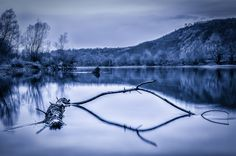Photo Dead wood by Dominique Toussaint on Romania, River, Explore, Mountains, Wood, Nature, Outdoor, Outdoors, Naturaleza