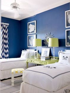 The decorator blends natural elements, chinoiserie details, and strategic splashes of vibrant color at her impeccably chic Bahamas getaway Bedroom Decor, Childrens Bedroom Furniture, Shabby Chic Bedroom Furniture, Rustic Bedroom, Home, Boys Bedroom Furniture, Kid Room Decor, Cozy Room, Vacation Home