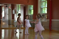Ideas for easing separation anxiety in dance class.