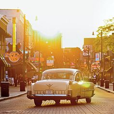 Tennessee | Shake the Blues in Memphis | SouthernLiving.com