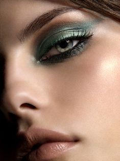 Green eyeshadow - Make-up Pretty Makeup, Love Makeup, Beauty Makeup, Makeup Looks, Makeup Style, Fancy Makeup, Green Makeup, Makeup Geek, Turquoise Eyeshadow