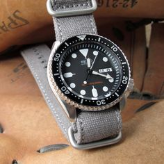 Seiko Automatic Diver with MiLTAT 22mm Washed Canvas Zulu Military Grey Double Thickness Watch Strap