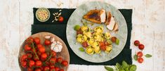 Recipe - Organic Roasted Tomato Mozzarella Tortelloni with balsamic glazed chicken and basil oil - Giovanni Rana Maple Glazed Chicken, Balsamic Glazed Chicken, Rana Pasta, Basil Oil, Vinegar And Honey, Tomato Mozzarella, Roasted Tomatoes, Organic Recipes, Main Dishes