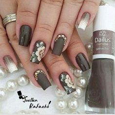 Heat Up Your Life with Some Stunning Summer Nail Art Creative Nail Designs, Creative Nails, Beautiful Nail Designs, Nail Art Designs, Nails Design, Classy Nails, Fancy Nails, Ongles Beiges, Hair And Nails