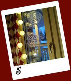 Kipakka kipinöi, kuvaa ja kutoo: Kipakan Joulun odotus 5 Frame, Home Decor, Room Decor, Frames, A Frame, Home Interior Design, Decoration Home, Hoop, Picture Frames