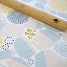 手刷りの生地「石垣」水色 nocogou | 手刷りの生地から作る布雑貨「ノコゴウ」