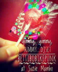 DJ Set bettibobikepunk at Suzie mambo bar Berlin