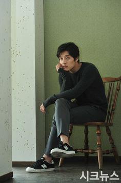 Kang Ha Neul Korean Star, Korean Men, Asian Men, Korean Celebrities, Korean Actors, Kdrama, Kang Haneul, Song Joong, Park Hyung