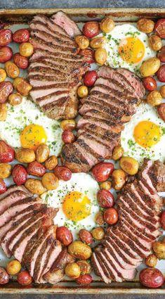 😍😍😍😍Hol dir hier das Rezept. One Pan Dinner, Sheet Pan Dinner, Tray Bakes, Party Buffet, Breakfast Steak And Eggs, No Egg Breakfast, Party Finger Foods, Party Snacks, Brunch Recipes