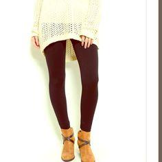 ‼️ IN STOCK! ‼️ Waist/Tummy Control Leggings NWOT Essential black leggings! NWOT. 10 S/M 10 L/XL linsleppo2 Pants Leggings