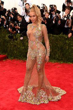 Tapete vermelho: todos os looks do Met Gala 2015 - Beyonce