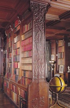Madresfield Court library, Worcestershire, uncredited