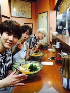eat well and then back to work  #Heechul #Leeteuk #Kyuhyun