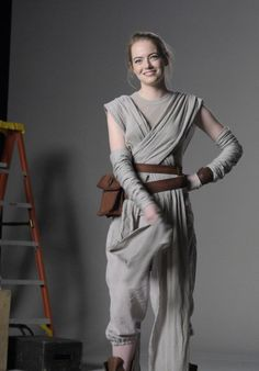Emma Stone pictures and photos Emma Stone Style, Actress Emma Stone, Non Plus Ultra, Star Wars Outfits, Star Wars Costumes, Daisy Ridley, Stone Pictures, Alicia Vikander, Emma Watson