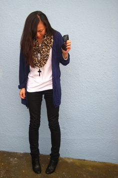like the scarf colors with the outfit; I'd go with my tartan scarf instead though.