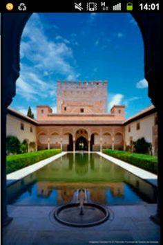 Granada. Patio de Arrayanes