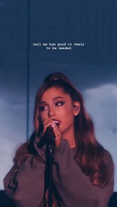 P I N T E R E S T : ☻ ⠀⠀⠀⠀⠀⠀⠀⠀⠀⠀⠀⠀⠀⠀⠀⠀⠀Ariana Grande + Ari + thank you next + yours truly + my everything + dangerous woman + sweetener +butera + moonlight + style Ariana Grande Fotos, Ariana Grande Style, Ariana Grande Wallpapers, Cabello Ariana Grande, Ariana Grande 2018, Ariana Grande Pictures, Ariana Grande Performance, Ariana Grande Makeup, Ariana Grande Concert