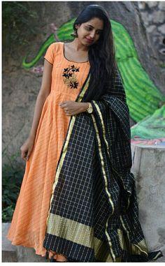 Anarkali Dress, Anarkali Suits, Frock Models, Vermicelli Recipes, Long Dress Design, Gown With Jacket, Sharara Designs, Ikkat Dresses, Fancy Gowns