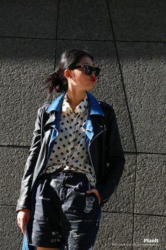 2014 S/S Seoul fashion week street style  #melbourne #melbournefashion #melbournestreetfashion #degraves #fashion #style #fashionblogger #fashion blog #streetfashion #fashionphotography #melbournestreetstyle #photography #photographer #melbourne fashionblogger #msfw #melbournespring fashionweek #streetstyle #streetfashion #seoul #seoulfashionweek #korea #model #fashionmodel#womanfashion #womanstyle