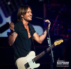 July 18- Cinncinnati photos and videos - Page 7 - Keith Urban Community Forum