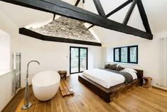 8 Worthy Clever Ideas: Minimalist Bedroom Beige Colour colorful minimalist home bed frames.Minimalist Home Tips Shelves minimalist bedroom tips side tables.Minimalist Decor Home House Tours. Bedroom With Bath, Rustic Master Bedroom, Master Bedroom Design, Bedroom Decor, Bedroom Ideas, Bedroom Neutral, Clean Bedroom, Wooden Bedroom, Bedroom Plants