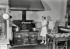 """May """"Keysville, Virginia. Kitchen of cafeteria. Lunches cost about 15 cents. Students don't have much money and they bring produce from farms and receive tickets."""" Photo by Philip Bonn. Old Time Photos, Old Pictures, School Life, School Lunch, High School, Vintage Photographs, Vintage Photos, Shorpy Historical Photos, Cotton Club"""