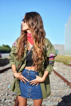 57af61096c25 patched military jacket Pretty Outfits