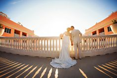 Outdoor Clearwater Beach Wedding Portrait of Bride and Groom Kissing | Tampa Bay, Clearwater Waterfront Outdoor Wedding Venue | Hyatt Regency Clearwater Beach