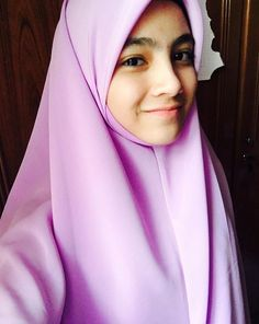 Muslim Girls, Muslim Women, Hijab Niqab, Beautiful Hijab, Hijab Fashion, Quran, Allah, Shawl, Eve