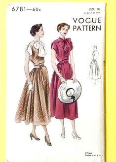 Uncut Vogue 6781 1950s Dress Pattern Cape Sleeves Shaped