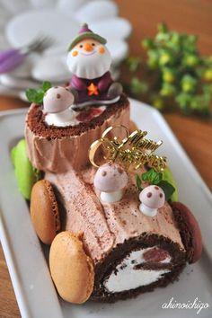 Kerststronk aka chocolate yule log cake