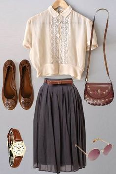 blush / off-white detailed blouse + brown belt, thin .- blush / off-white detaillierte Bluse + brauner Gürtel, dünn + dunkelgrauer Roc… blush / off-white detailed blouse + brown belt, thin + dark gray skirt + brown fla … – style – - Vintage Outfits, Vintage Fashion, Mode Outfits, Fashion Outfits, Womens Fashion, Fashion Tips, Smart Casual Outfit, Casual Outfits, Look Retro