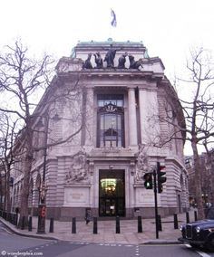 Australia House, used as the exterior of Gringotts Bank